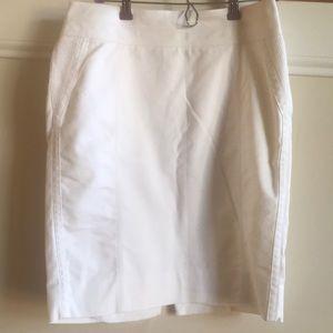 White House Black Market White skirt 10